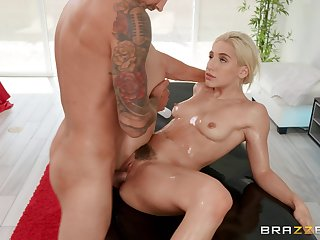Fucking the blonde step sis is something worth trying