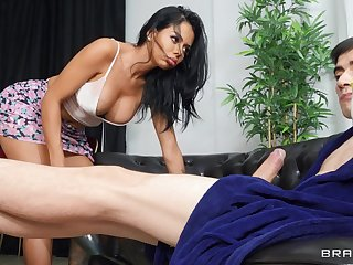 Tattooed sex bomb Canela Skin opens her legs for deep anal sex