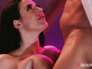 Full bosomed MILF Angela White gets treated to a double penetration